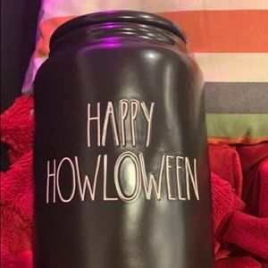 Rae Dunn happy howloween canister Halloween